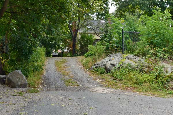 Knight's Hill Road paved section near Redds Pond