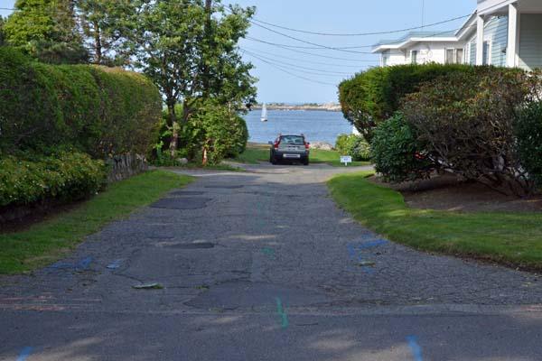 Point-o-Rocks Lane entrance